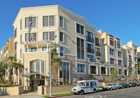 2 Bedrooms, Condominium, Property Portfolio, 2 Bathrooms, Listing ID 1012, Brentwood, Los Angeles, Real estate, agent, westside